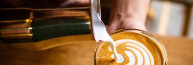 Lattiere e Latte Art