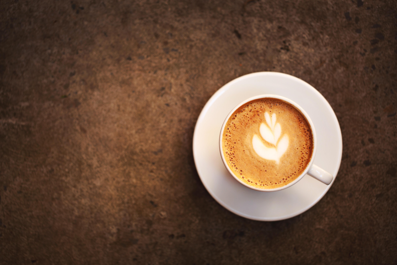 Perchè nascono le bolle nella crema del cappuccino?