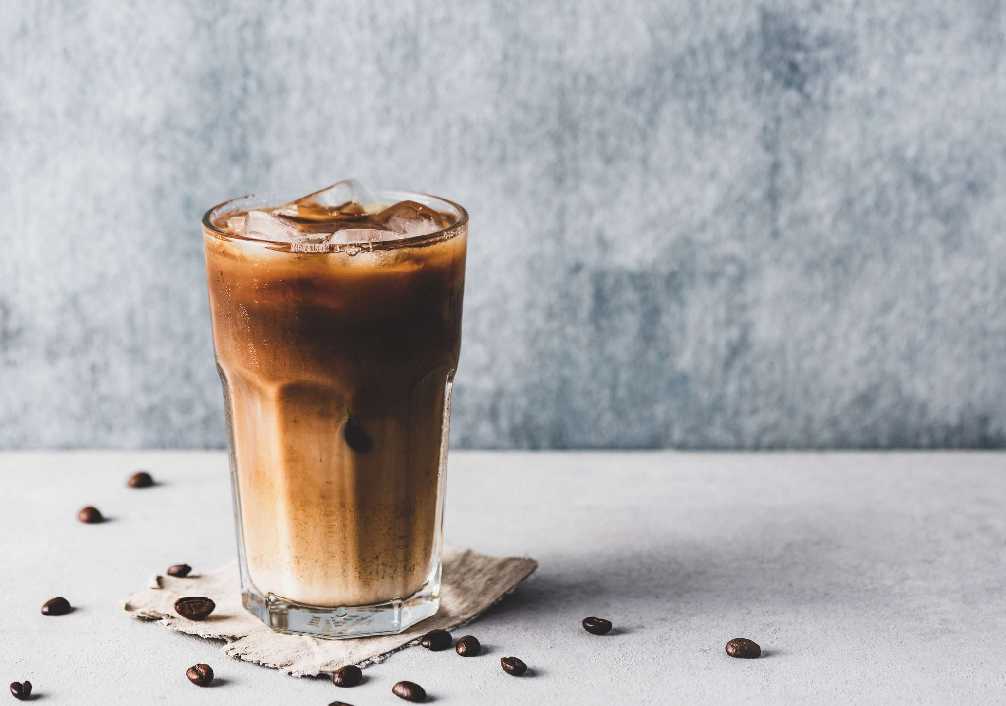 La differenza tra cold brew e il caffè freddo (iced coffee)